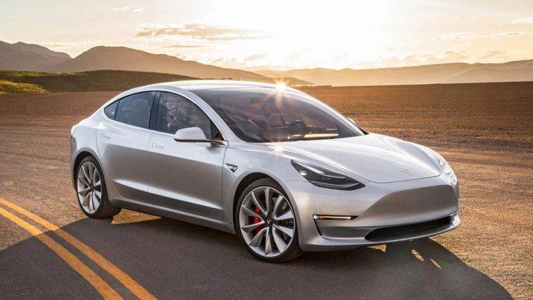 Tesla начнет продавать в Испании электромобили Model 3 китайской сборки