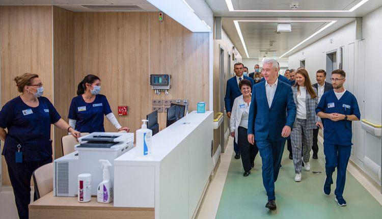 Испанские клиники будут работать в медицинском кластере Сколково