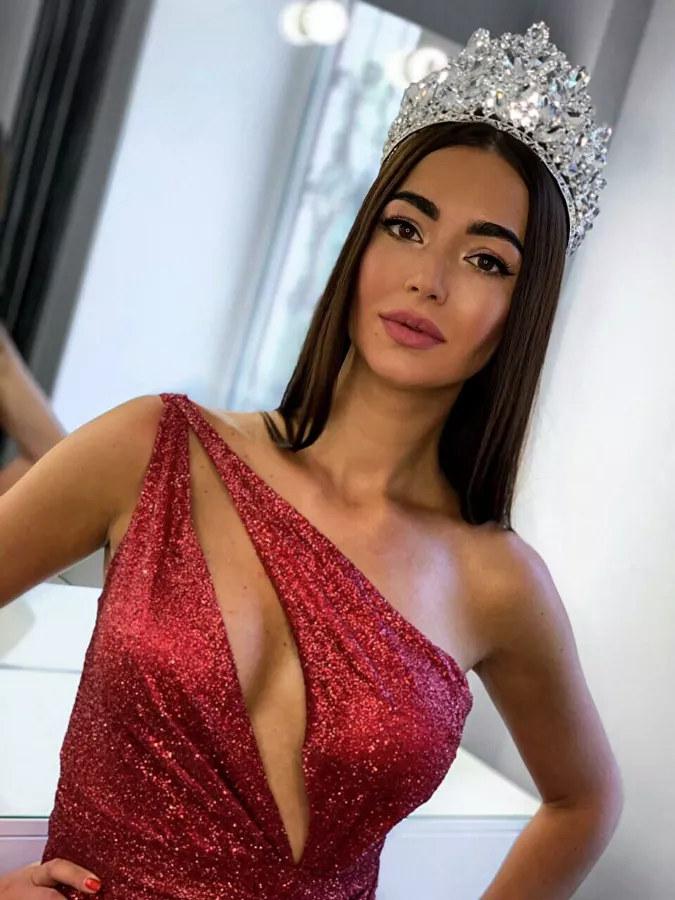 Участница конкурса Миссис Европа 2019 из России Нина Мельникова